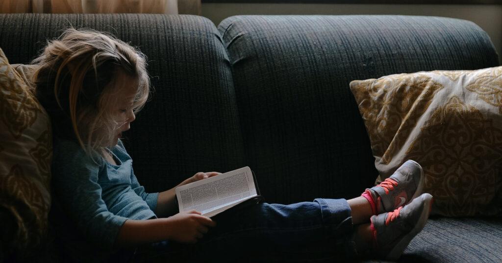 'ไม่ปฎิเสธ ไม่ยัดเยียด' สอนให้ลูกเท่าทันความรู้สึกเมื่อต้องห่างกัน