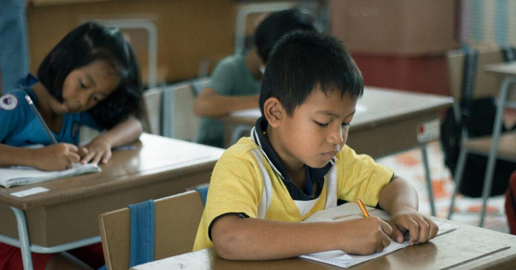 ปลดล็อกระบบการศึกษาไทย ปฏิรูปการเรียนรู้บนฐานสมรรถนะ : เสียงสะท้อนจากผู้ทรงคุณวุฒิ